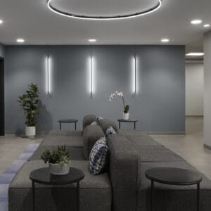 The outpatient lobby at Windrose Recovery Brookfield.